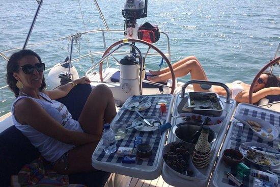 Passeios de veleiro no Rio Tejo Lisboa