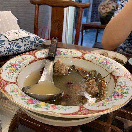Shi Fang Tea & Food Dining