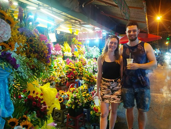 visiting the biggest wholesale flower market in town