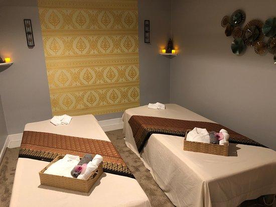 Framingham, MA: Couple room