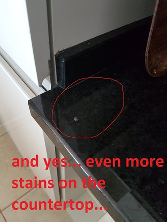 Oh yes... even more stains on the countertop
