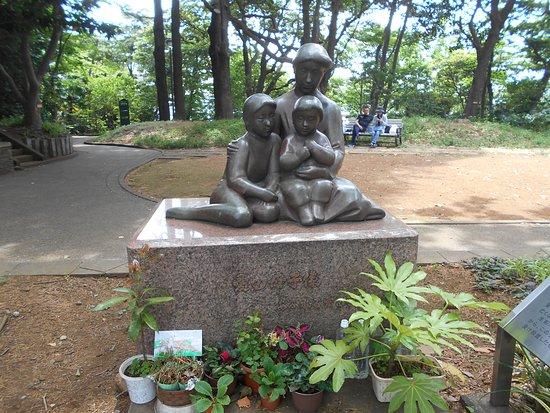 Statue of Ai no Boshi