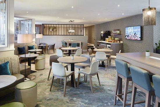 Manchester Airport Marriott Hotel: Bar/Lounge