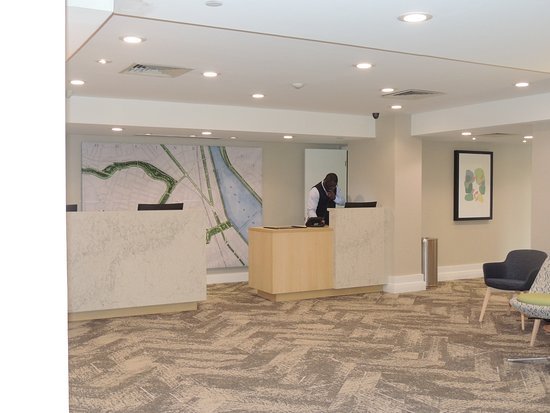 The Inn At Longwood Medical: Lobby