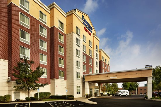 Fairfield Inn & Suites Columbus Polaris: Exterior