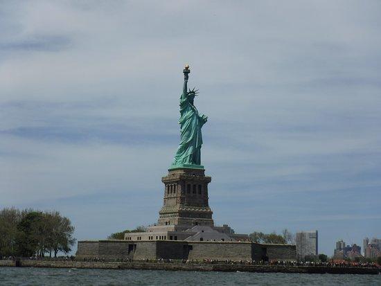 Tour ad alta velocità del porto di Manhattan: Great view of Lady Liberty!