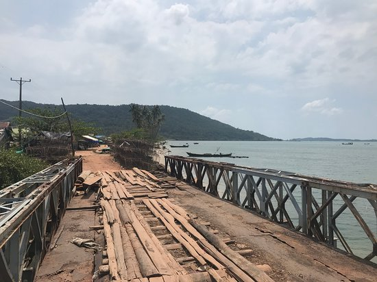 SpiceRoads Cycling: Wilds of Cambodia - some of the bridges not so great!