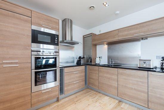 Penthouse Suite - Newhaven - Edinburgh Waterfront