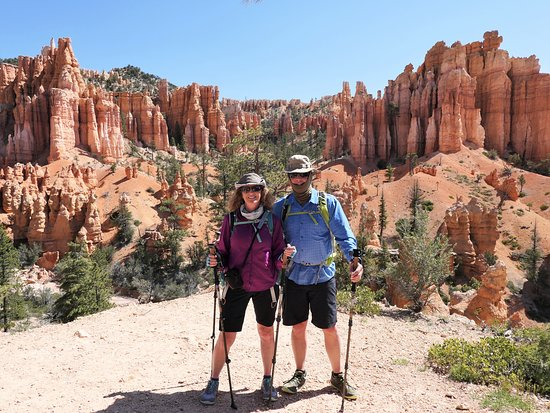 Four Season Guides : Hiking at Bryce Canyon