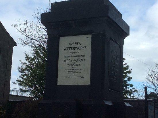 Ballyvaughan, İrlanda: Waterworks Memorial
