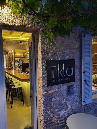 Tikla cafe bar
