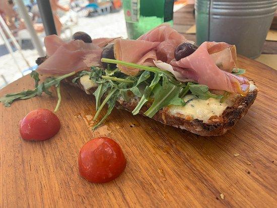 Ảnh về La Vita Bistro & Street Food