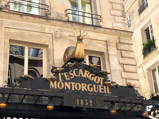 """Les gastéropodes du restaurant """"L'Escargot Montorgueil"""", 38 rue Montorgueil (Paris 1er) sont tentants !!"""