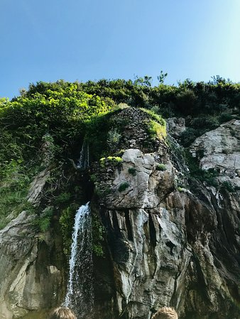 Capri Private Boat Tour from Sorrento: Waterfall and Limoncello Time!