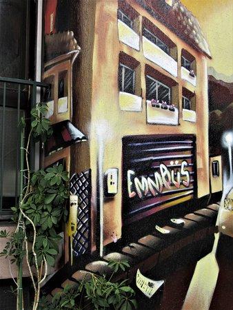 Neuilly-Plaisance, Fransa: Détail de la fresque