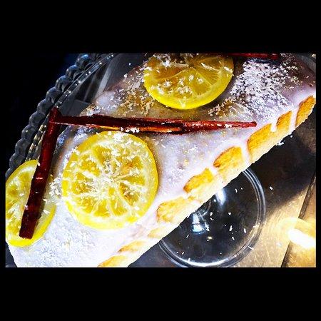Bizcocho de limón casero. Homemade Lemon Cake.