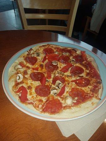 Pizza Picture Of Melville Cafe Cambridge Tripadvisor