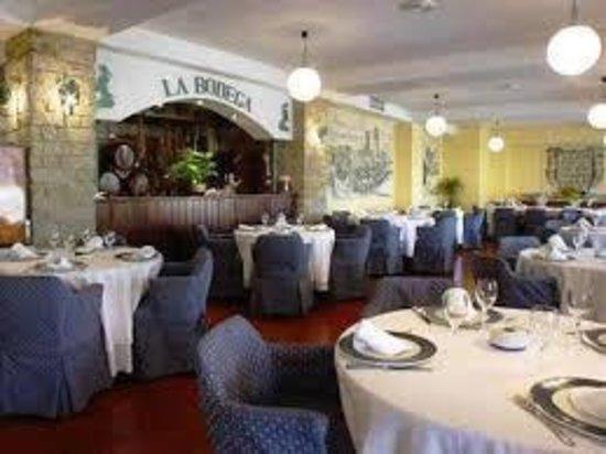 Restaurante La Bodega. Hotel Las Ciguenas: Restaurante