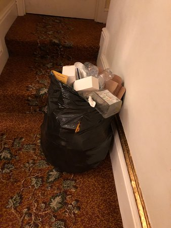 Rubbish left in stairwell