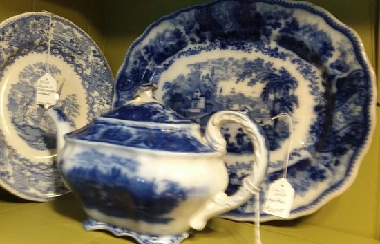 TreeHouse Antiques Center: VISIT THE CHINA CLOSET AT TREEHOUSE OF CAPE MAY