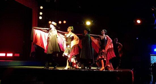 Abendessen, Mittelalter- und Flamenco-Show im Valltordera Castle (Shuttlebus inklusive): Cuerpo de baile (2)