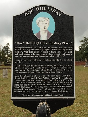 ‪Doc Holliday's Grave in Griffin‬