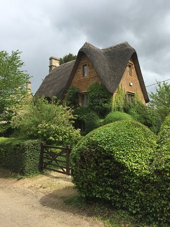 Cotswold Cottage 1
