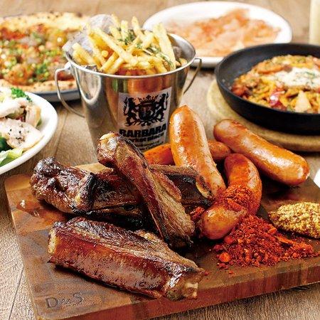 Barbara Market Place Grand Royal Nakazaki Honten: 肉!肉!肉!