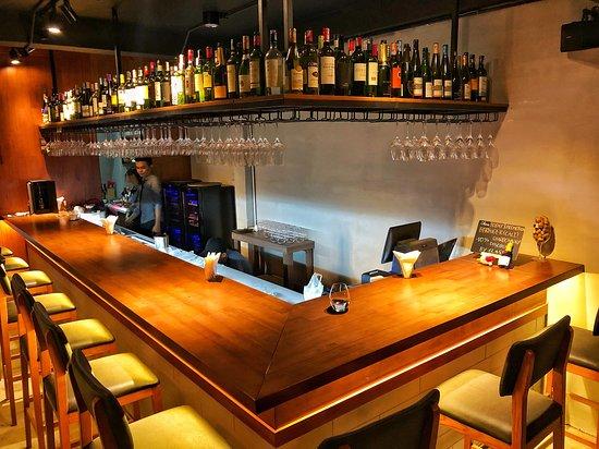 Interior - counter bar -