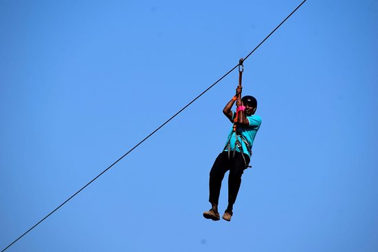 rope hanging and travelling safely