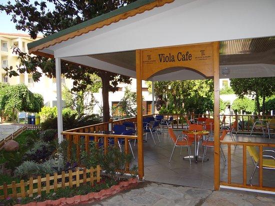 Queen's Park Le Jardin Resort: pâtisserie (ouverte quelques heures l'après-midi