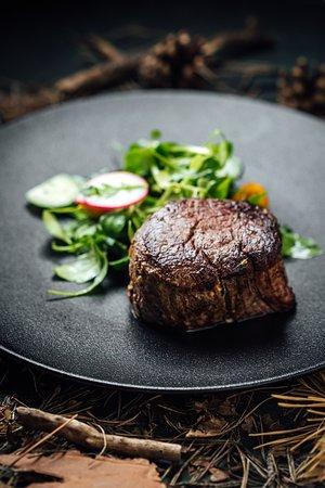 Noir: Beef fillet steak