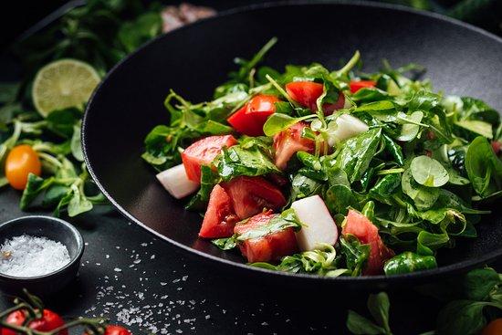 Noir: Vegetable salad with farm sunflower-seed oil