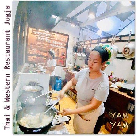 Sweet Chefs at YAM YAM Thai & Western Restaurant Yogyakarta  #YamYamThaiRestaurant #YamYamThaiYogyakarta #ThaiChefJogja #KulinerJogja