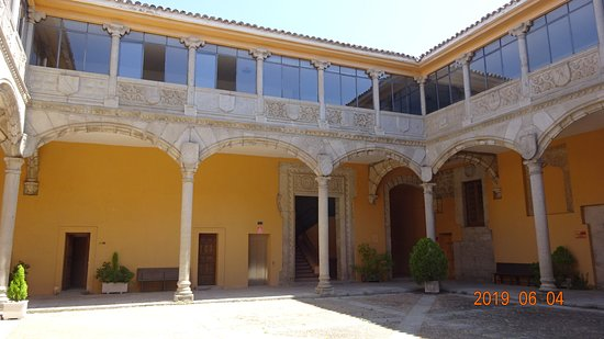 Palace of Los Bracamonte