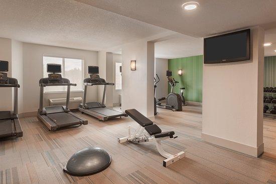 Holiday Inn Express Hotel & Suites Universal Studios Orlando: Health club