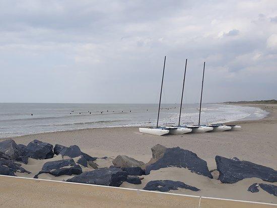 HMS Vindictive: Ostend Sailing club et surfeurs