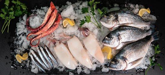 Bei uns gibt es täglich frischen Fisch!