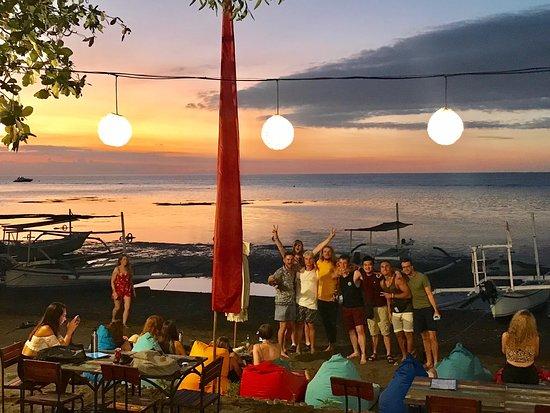 Mentari Lovina Bar and Kitchen