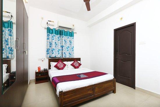 OYO 5448 Phoenix Hospitality Apartments