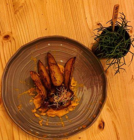 Wi.De: Filetto di maiale con senape e miele su crema di carote e zenzero