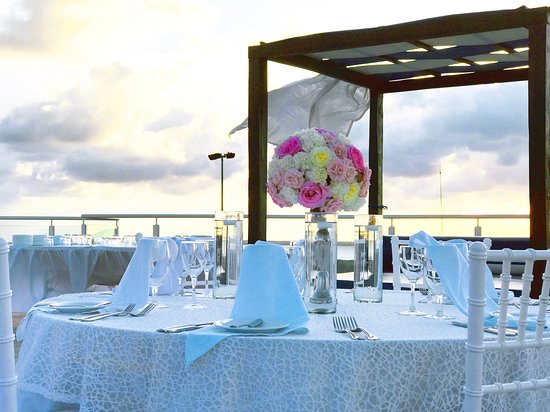 Seadust Cancun Family Resort: Weddings