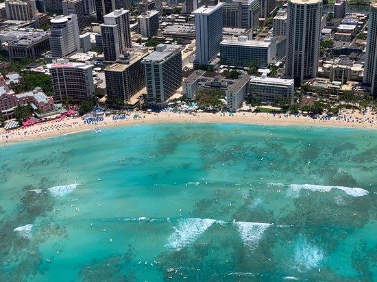 Open-Door Helicopter Tour over Oahu: Waikiki Beach