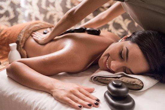 Eliá SPA: Maravilhosa massagem com pedras quentes