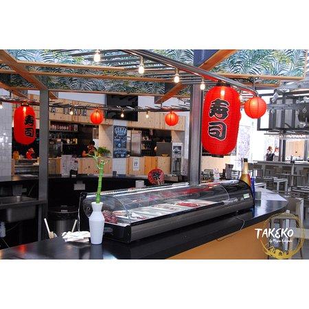 Disfruta de nuestra nueva barra de sushi, un lugar en el que disfrutar de nuestros platos.