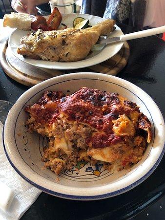 Il Rifugio dei Peccatori : roasted chicken and lasagna