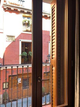 Posada del Leon de Oro: View from Balcony Room #105