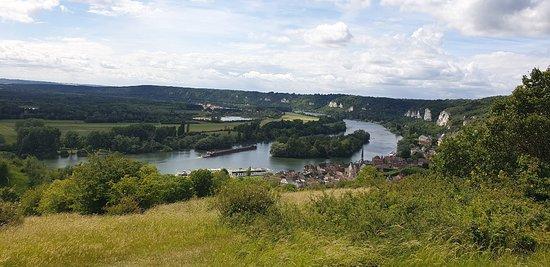 Une belle vue sur la Seine pour une plongée dans l'histoire de France