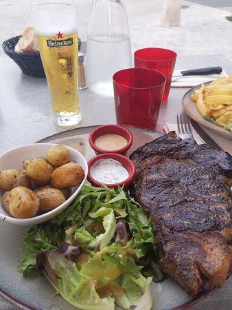 Au Steak House Photo