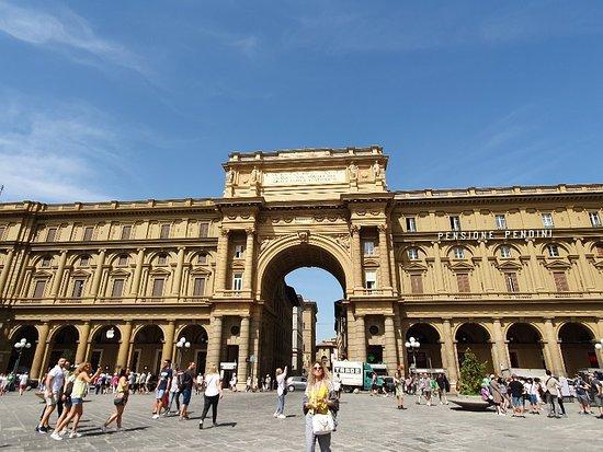 Florencia, Taliansko: Неперевершено. Місто з цікавою історією,  смачним морозивом. Рекомендую!